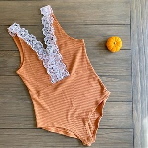 Cotton On Orange & White Lace Bodysuit NWOT!